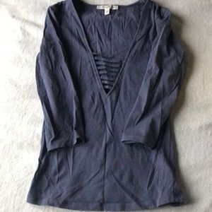 Express one eleven xs navy blue 1/4 length top